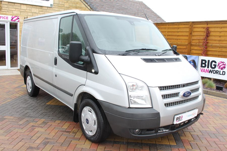 FORD TRANSIT 260 TDCI 100 TREND SWB LOW ROOF FWD - 7515 - 1