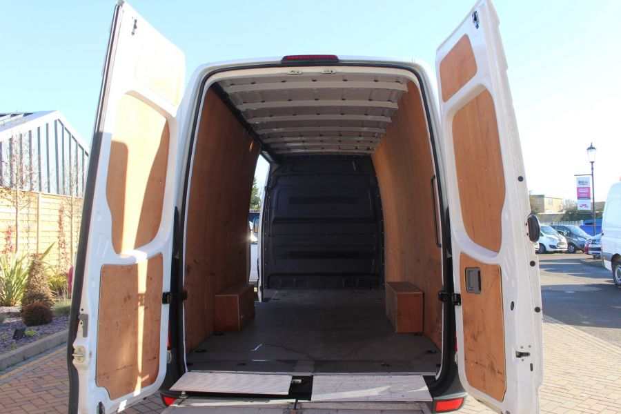 MERCEDES SPRINTER 319 CDI XLWB HIGH ROOF - 6971 - 27