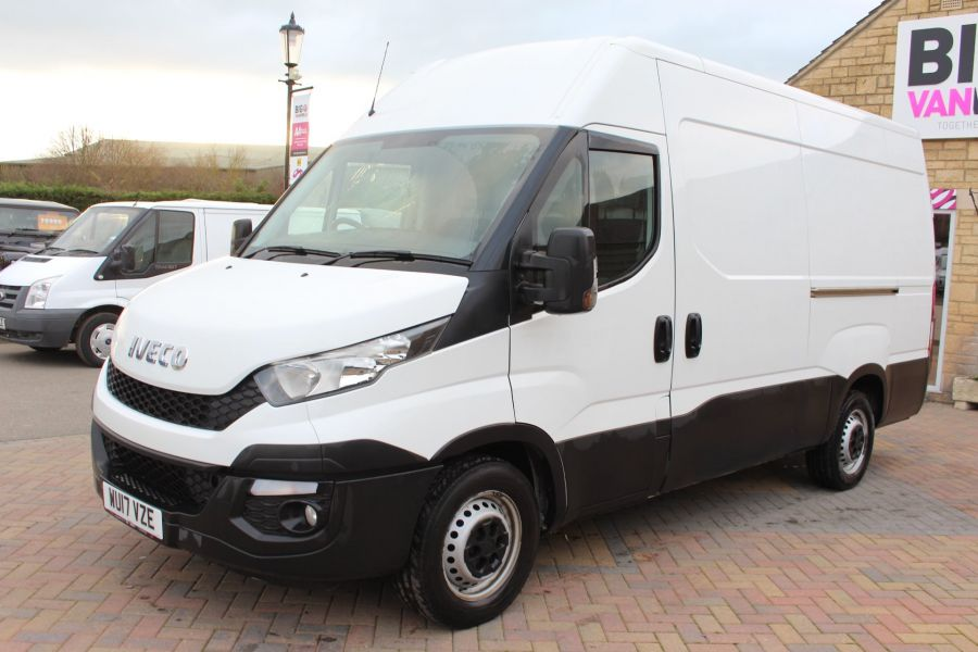 IVECO DAILY 35S13 HI-MATIC MWB HIGH ROOF - 8679 - 8