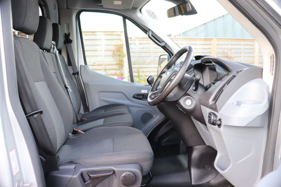 FORD TRANSIT 410 TDCI 155 L3 H3 TREND 15 SEAT BUS LWB HIGH ROOF RWD - 9126 - 14