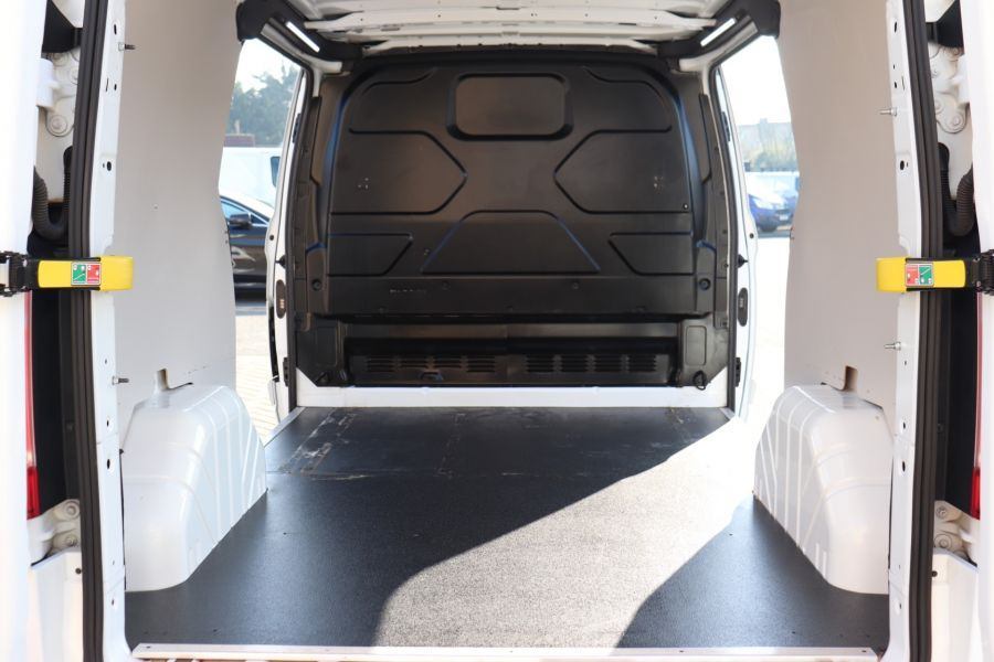 FORD TRANSIT CUSTOM 340 TDCI 130 L1H1 LIMITED SWB LOW ROOF FWD - 10566 - 40