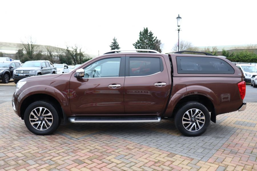 NISSAN NAVARA DCI 190 TEKNA 4X4  DOUBLE CAB WITH TRUCKMAN TOP AUTO - 10310 - 8