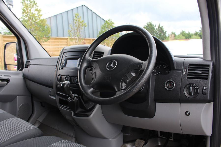MERCEDES SPRINTER 316 CDI MWB HIGH ROOF - 6399 - 12