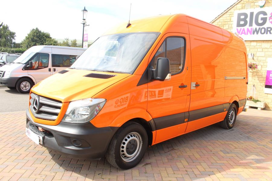 MERCEDES SPRINTER 313 CDI 129 MWB HIGH ROOF MOBILE TYRE FITTING - 8117 - 8