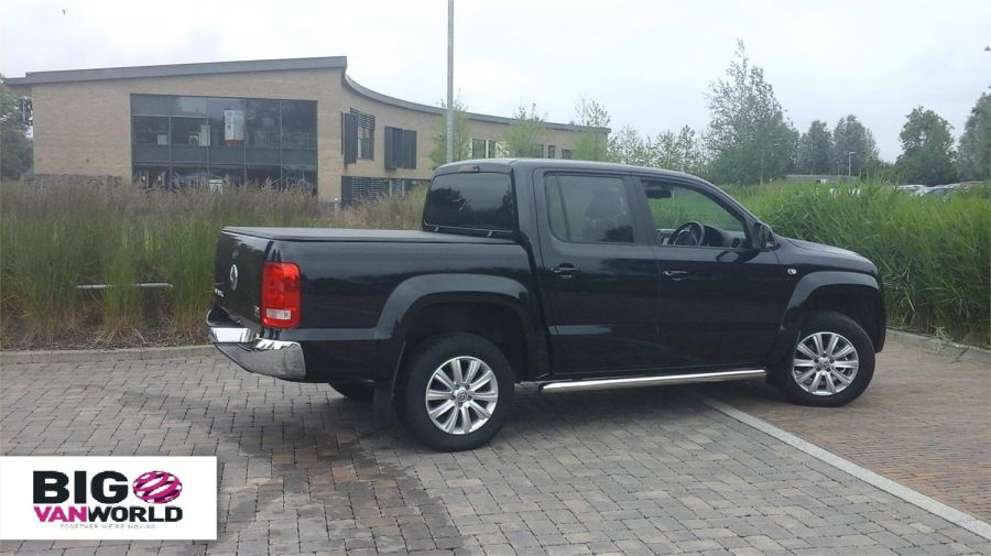 VOLKSWAGEN AMAROK DC BITDI 180 HIGHLINE 4MOTION DOUBLE CAB WITH TONNEAU COVER - 9718 - 2