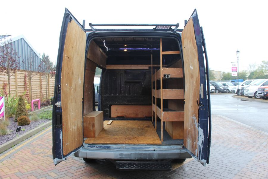 FORD TRANSIT 260 TDCI 80 SWB MEDIUM ROOF - 6950 - 19