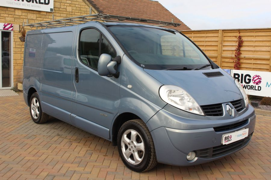RENAULT TRAFIC SL27 DCI 115 SPORT SWB LOW ROOF - 7442 - 3
