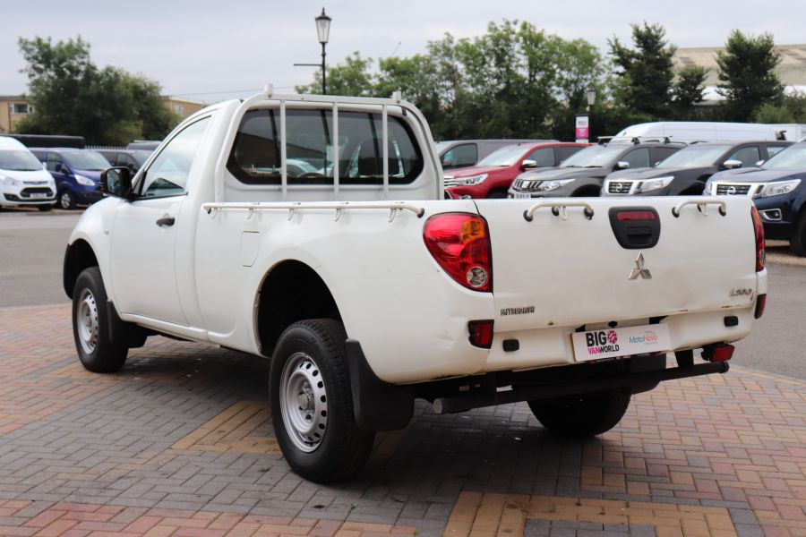 MITSUBISHI L200 DI-D 134 4X4 4LIFE SINGLE CAB - 9556 - 7