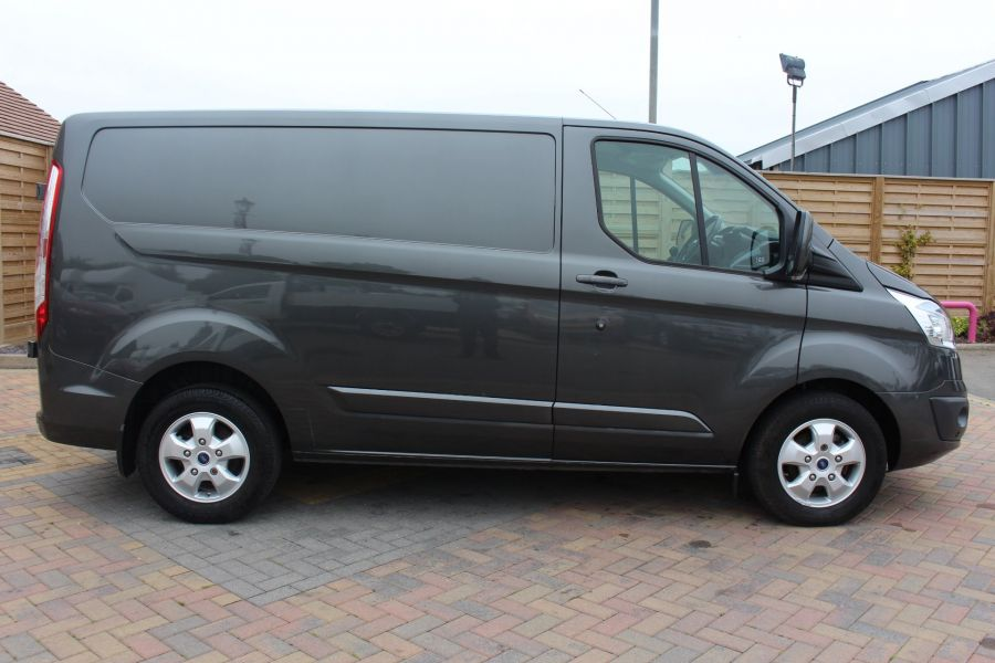 FORD TRANSIT CUSTOM 270 TDCI 125 L1 H1 LIMITED SWB LOW ROOF FWD - 7818 - 4