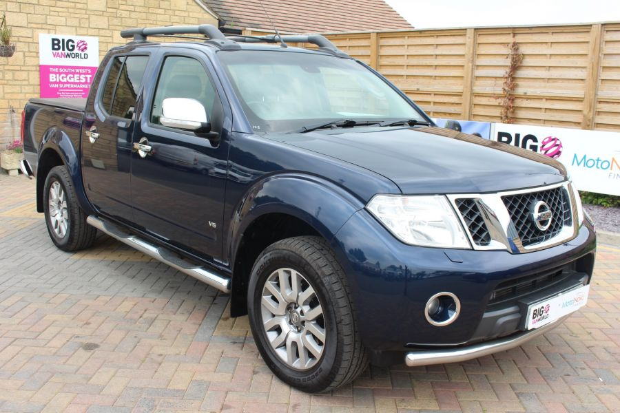 NISSAN NAVARA OUTLAW DCI 231 4X4 DOUBLE CAB WITH TONNEAU COVER - 7877 - 1