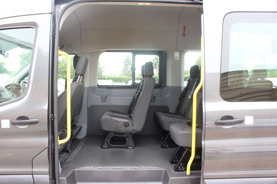 FORD TRANSIT 460 TDCI 155 L4 H3 17 SEAT BUS HIGH ROOF DRW RWD - 8132 - 18