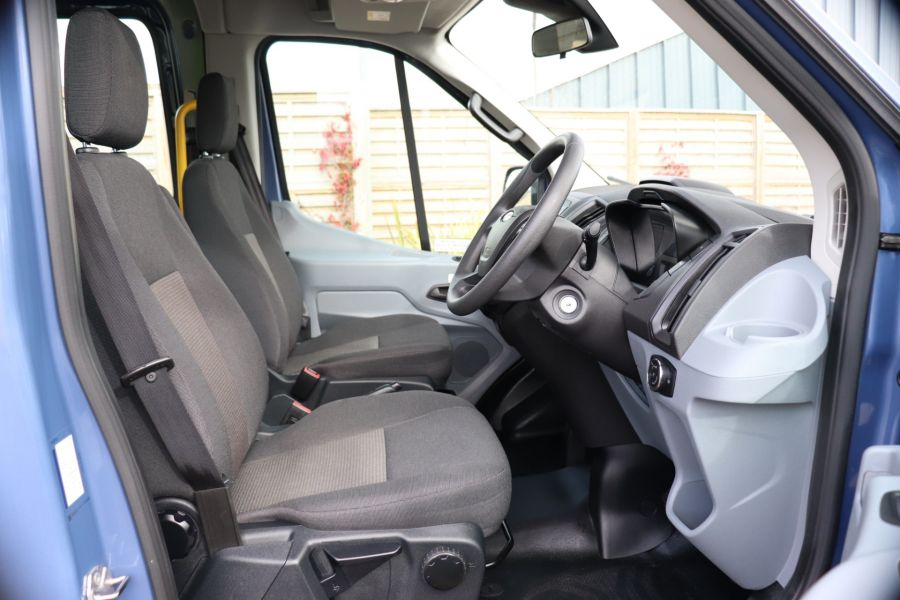 FORD TRANSIT 460 TDCI 155 L4H3 17 SEAT BUS HIGH ROOF DRW RWD - 10252 - 14