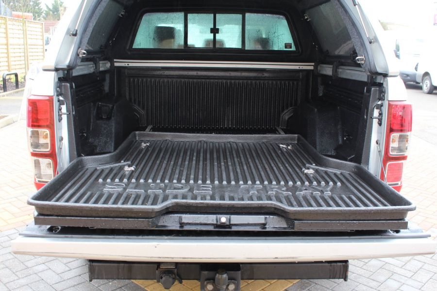 FORD RANGER WILDTRAK 4X4 TDCI 197 DOUBLE CAB WITH TRUCKMAN TOP - 7516 - 25