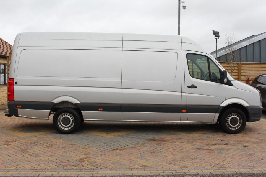 VOLKSWAGEN CRAFTER CR35 TDI 143 LWB HIGH ROOF - 7581 - 4