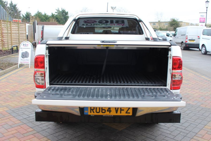 TOYOTA HI-LUX INVINCIBLE 4X4 D-4D 169 DOUBLE CAB WITH ROLL'N'LOCK TOP - 7307 - 24