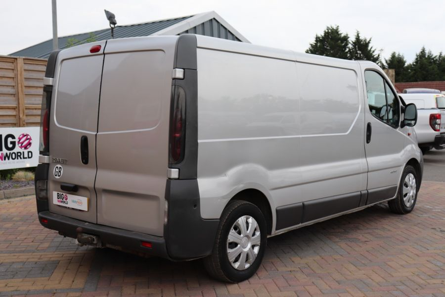 RENAULT TRAFIC LL29 DCI 100 LWB LOW ROOF - 9371 - 5