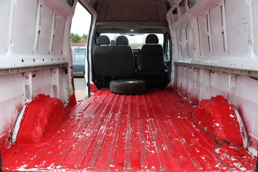 FORD TRANSIT 350 TDCI 100 LWB HIGH ROOF RWD - 9107 - 18