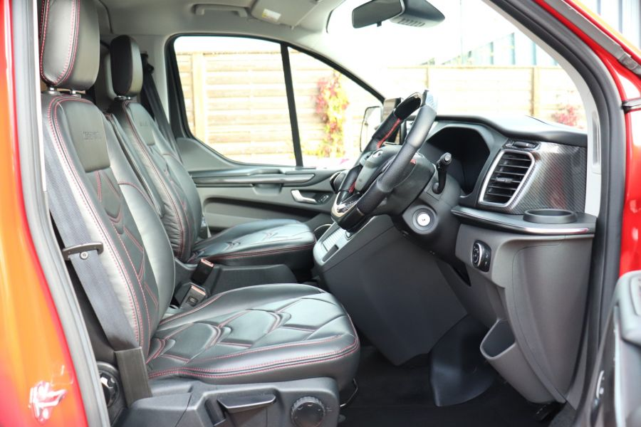 FORD TOURNEO CUSTOM TDCI 130 L2H1 TITANIUM X MOTION R 8 SEAT BUS - 10188 - 12