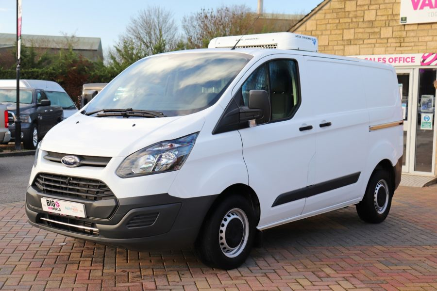 FORD TRANSIT CUSTOM 270 TDCI 105 L1H1 SWB LOW ROOF FRIDGE VAN WITH OVERNIGHT FWD - 11587 - 12