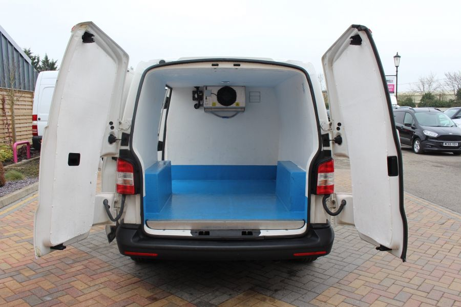 VOLKSWAGEN TRANSPORTER T26 TDI 84 STARTLINE SWB LOW ROOF FRIDGE VAN - 7334 - 19