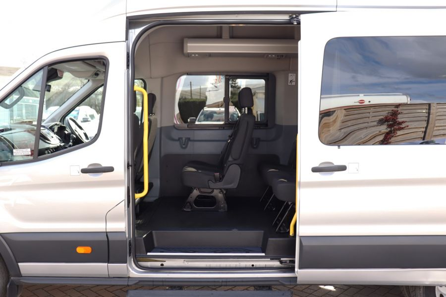 FORD TRANSIT 460 TDCI 155 L4H3 TREND 17 SEAT BUS HIGH ROOF DRW RWD - 11641 - 37