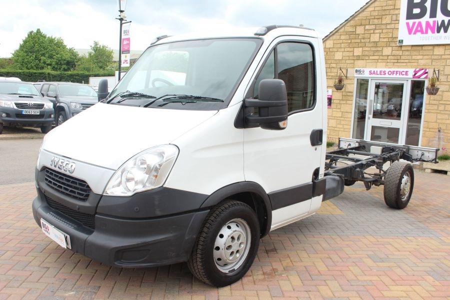 IVECO DAILY 35S11 SINGLE CAB CHASSIS CAB 3750 WB - 7590 - 8