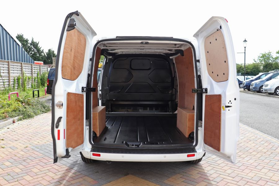 FORD TRANSIT CUSTOM 310 TDCI 130 L1H1 LIMITED SWB LOW ROOF - 10921 - 38