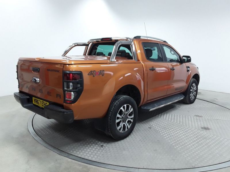 FORD RANGER WILDTRAK TDCI 200 4X4 DOUBLE CAB WITH MOUNTAIN TOP AUTO  (13959) - 12226 - 3