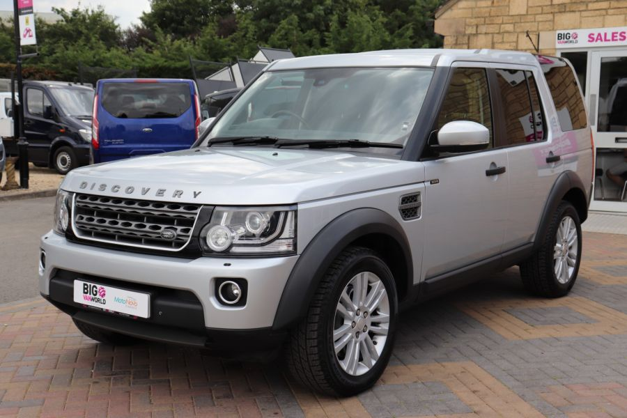LAND ROVER DISCOVERY SDV6 255 COMMERCIAL XS - 9523 - 9