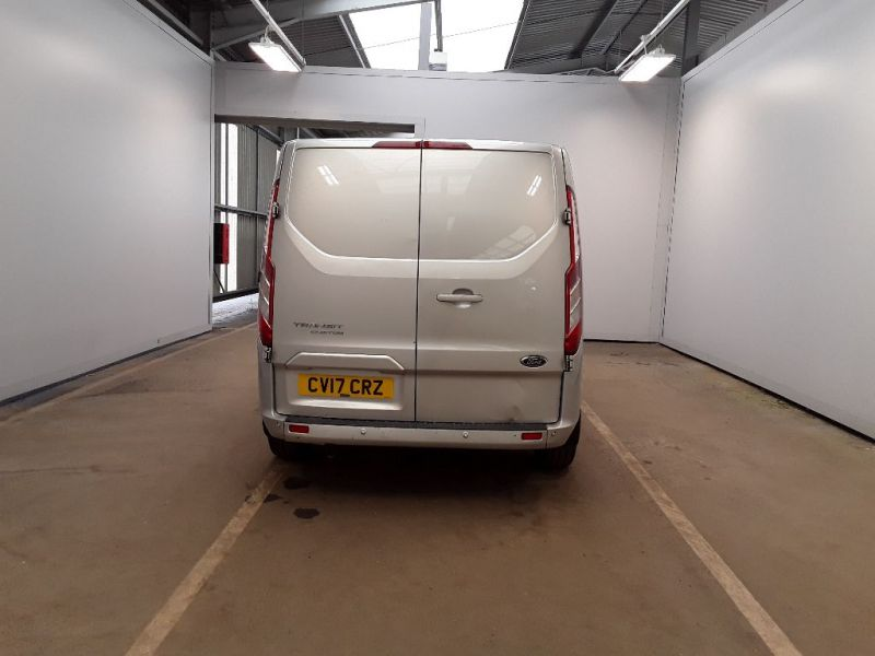 FORD TRANSIT CUSTOM 270 TDCI 130 L1H1 LIMITED SWB LOW ROOF FWD - 11118 - 4