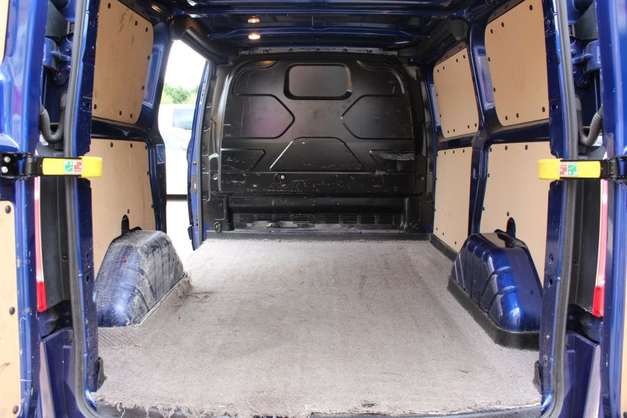 FORD TRANSIT CUSTOM 270 TDCI 155 LIMITED L1 H1 SWB LOW ROOF FWD - 6586 - 24