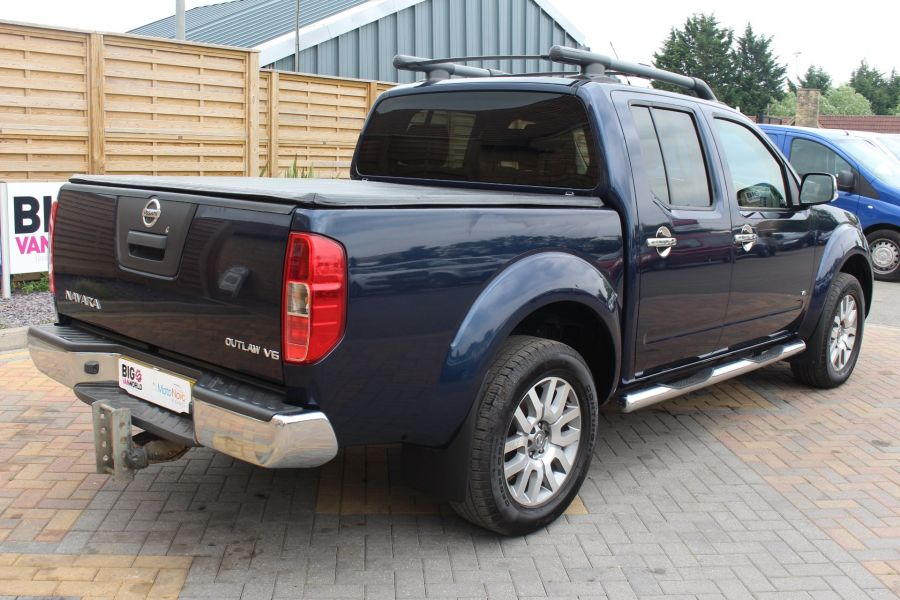 NISSAN NAVARA OUTLAW DCI 231 4X4 DOUBLE CAB WITH TONNEAU COVER - 7877 - 5