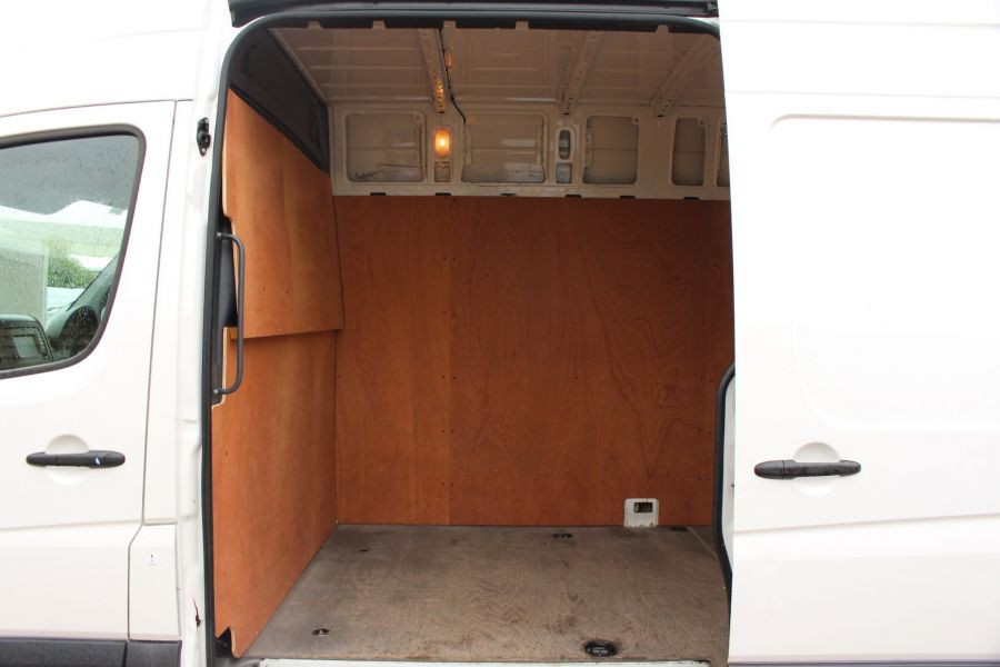 VOLKSWAGEN CRAFTER CR35 TDI 136 LWB HIGH ROOF - 7633 - 18