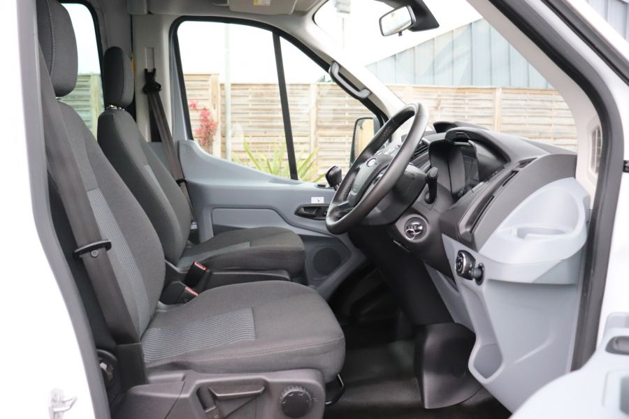 FORD TRANSIT 460 TDCI 155 L4H3 TREND 17 SEAT BUS HIGH ROOF DRW RWD - 11641 - 16