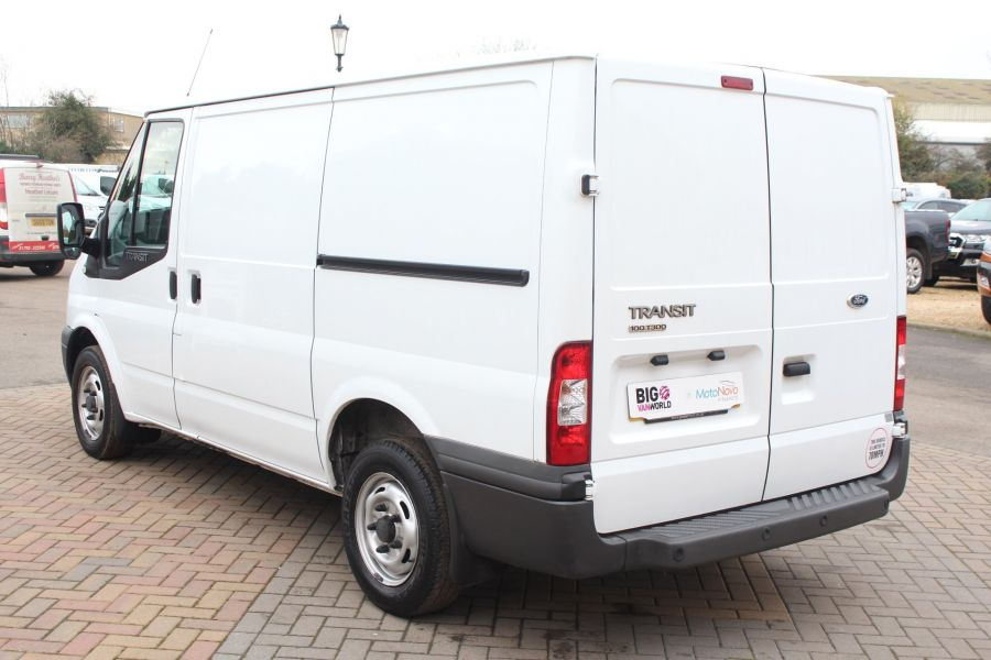 FORD TRANSIT 300 TDCI 100 SWB LOW ROOF FWD - 6939 - 7