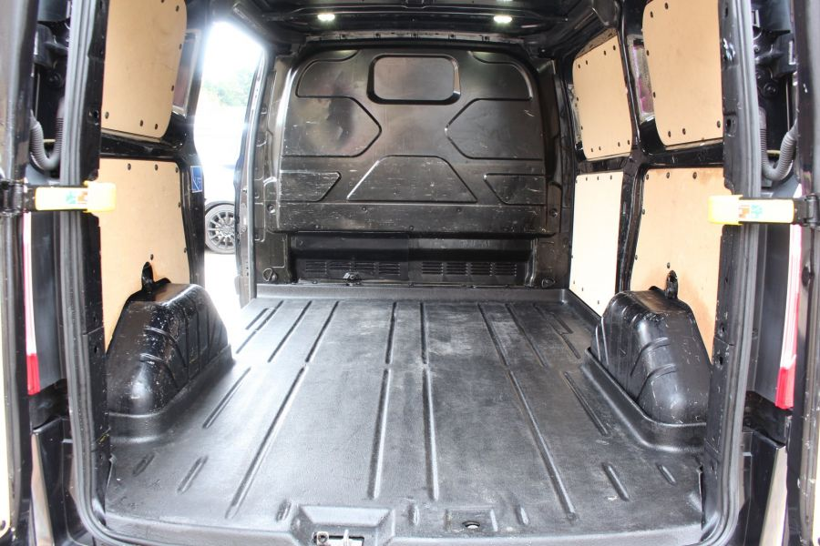 FORD TRANSIT CUSTOM 270 TDCI 155 L1 H1 LIMITED SWB LOW ROOF FWD - 7564 - 22