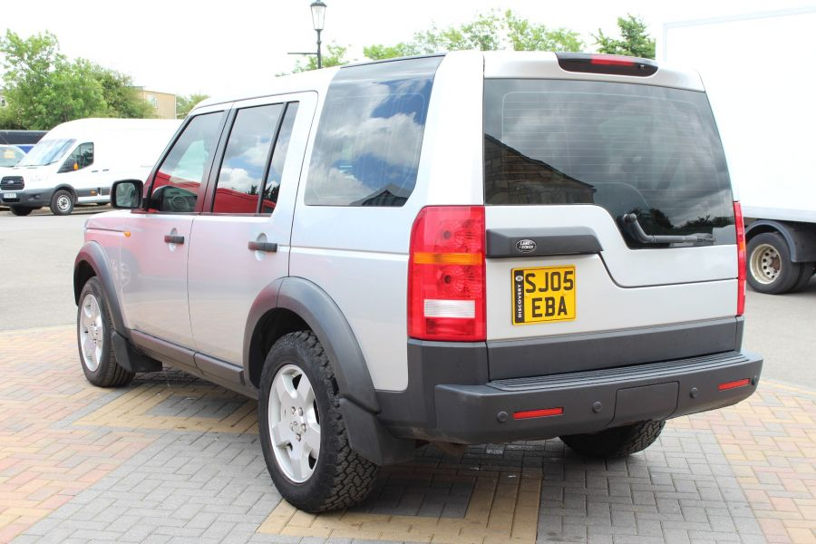 LAND ROVER DISCOVERY 3 TDV6 188 S AUTO - 9721 - 7