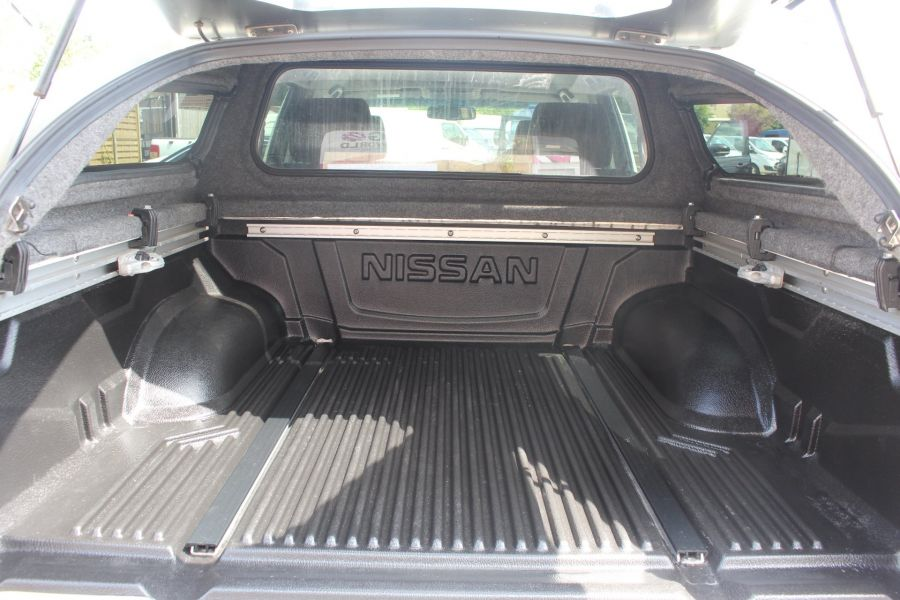 NISSAN NAVARA DCI 190 TEKNA CONNECT 4X4 DOUBLE CAB WITH SPORT TRUCKMAN TOP - 6295 - 25