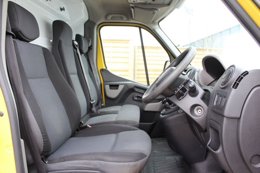 RENAULT MASTER LM35 DCI 125 LWB MEDIUM ROOF - 7494 - 11