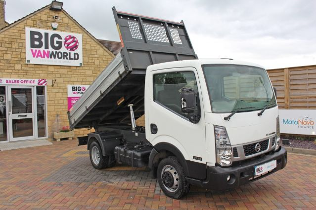 Used NISSAN NT400 CABSTAR in Used Vans Swindon for sale