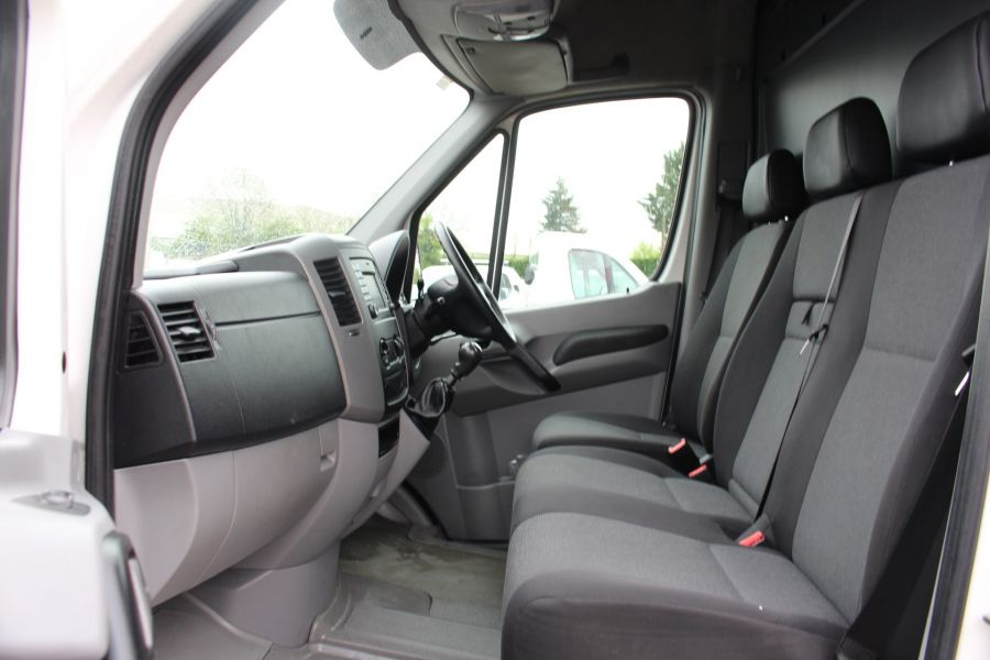 VOLKSWAGEN CRAFTER CR35 TDI 136 LWB HIGH ROOF - 7633 - 16