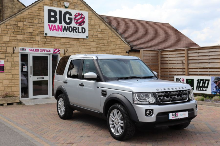 LAND ROVER DISCOVERY SDV6 255 COMMERCIAL XS - 9523 - 2
