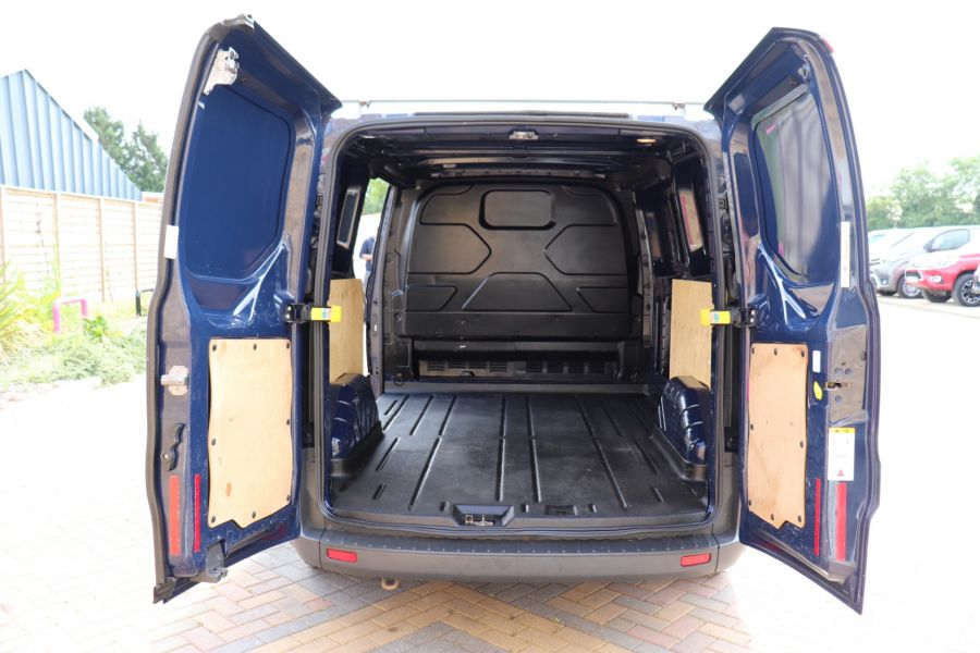 FORD TRANSIT CUSTOM 270 TDCI 100 ECO-TECH SWB LOW ROOF - 9707 - 31
