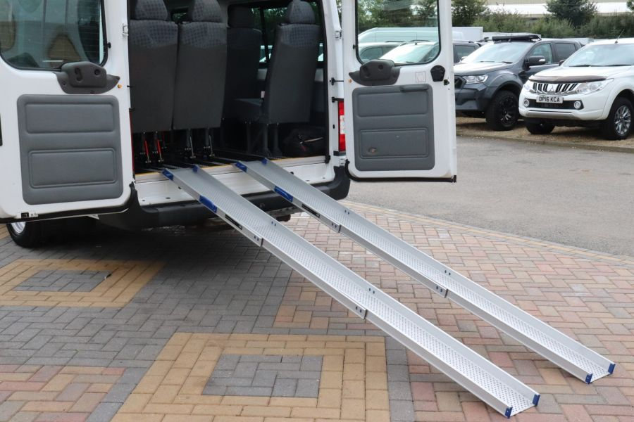 FORD TRANSIT 430 TDCI 135 EL LWB 17 SEAT BUS WITH WHEELCHAIR ACCESS HIGH ROOF DRW RWD - 9665 - 41
