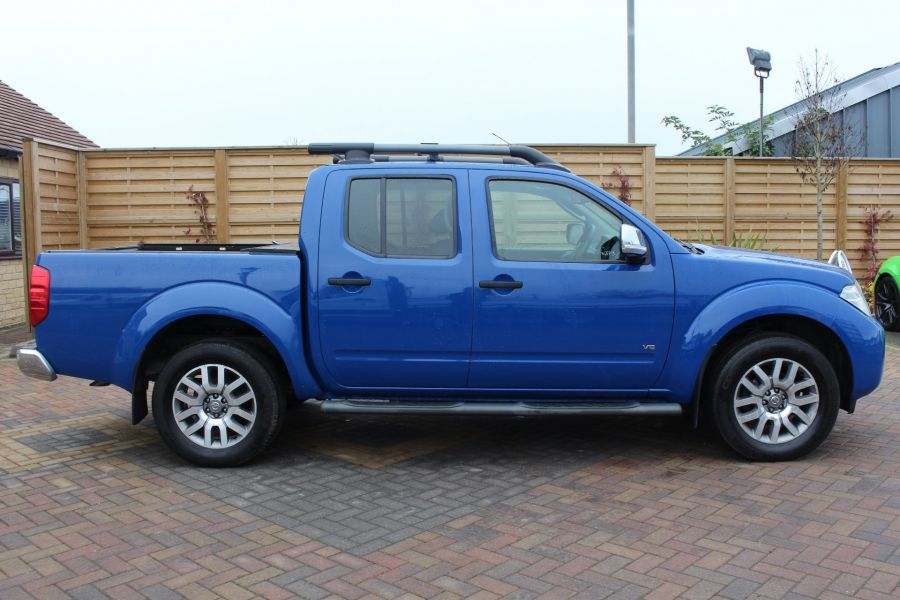 NISSAN NAVARA OUTLAW DCI 231 4X4 SHR DOUBLE CAB WITH ROLL'N'LOCK TOP - 6936 - 4