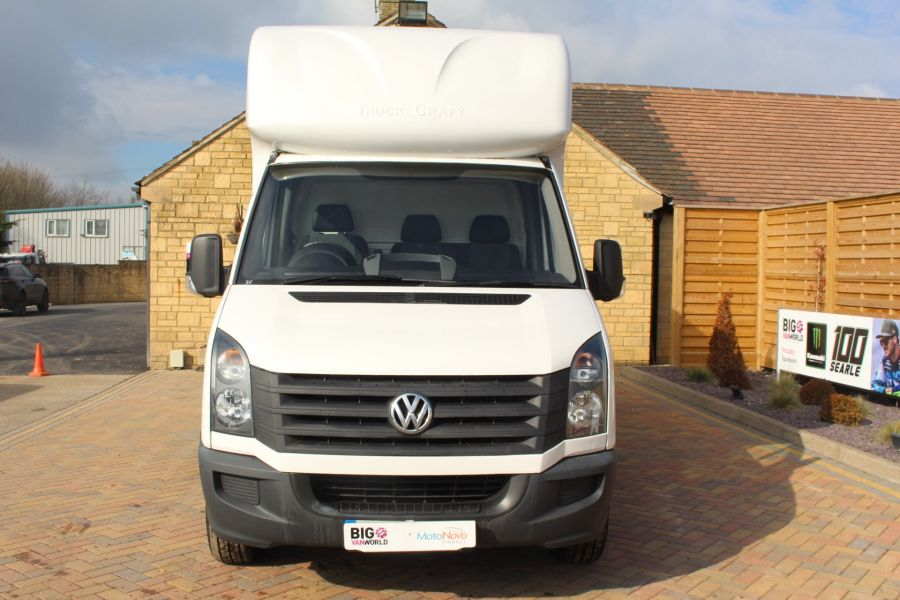 VOLKSWAGEN CRAFTER CR35 TDI 109LUTON WITH TAIL LIFT - 7362 - 8