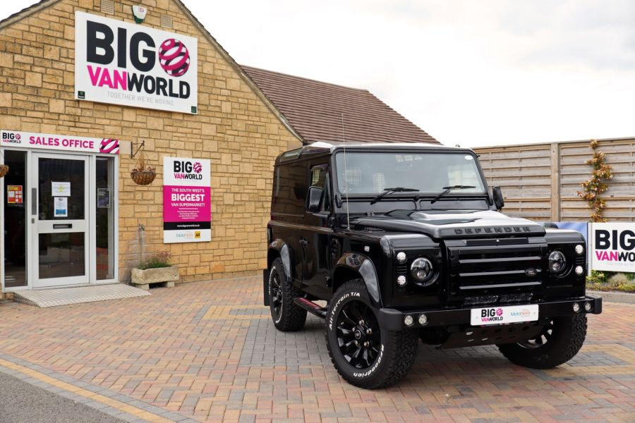 LAND ROVER DEFENDER 90 TD 122 XS URBAN TRUCK HARD TOP - 11096 - 1