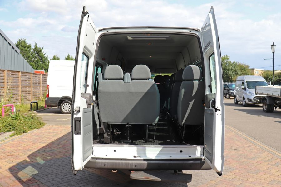 FORD TRANSIT 430 TDCI 135 EL LWB 17 SEAT BUS MEDIUM ROOF DRW RWD - 9732 - 35