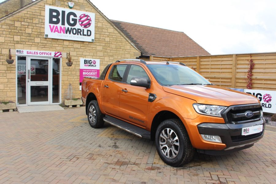 FORD RANGER WILDTRAK 4X4 TDCI 197 DOUBLE CAB - 7360 - 2