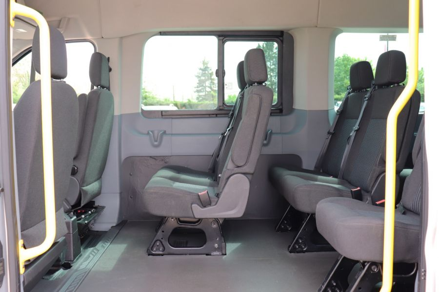 FORD TRANSIT 460 TDCI 155 L4H3 17 SEAT BUS HIGH ROOF DRW RWD - 11322 - 32